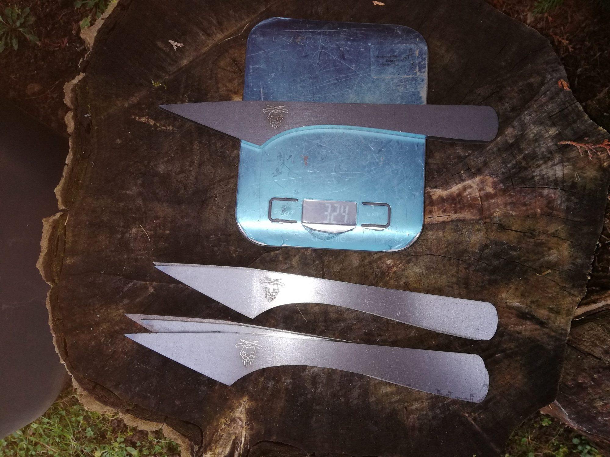 Couteau brute de découpe